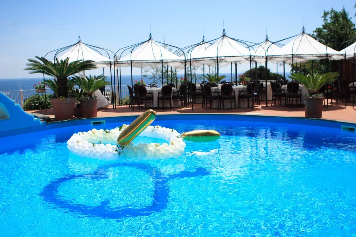 Piscine strand hotel terme delfini ischia - Immagini di piscina ...