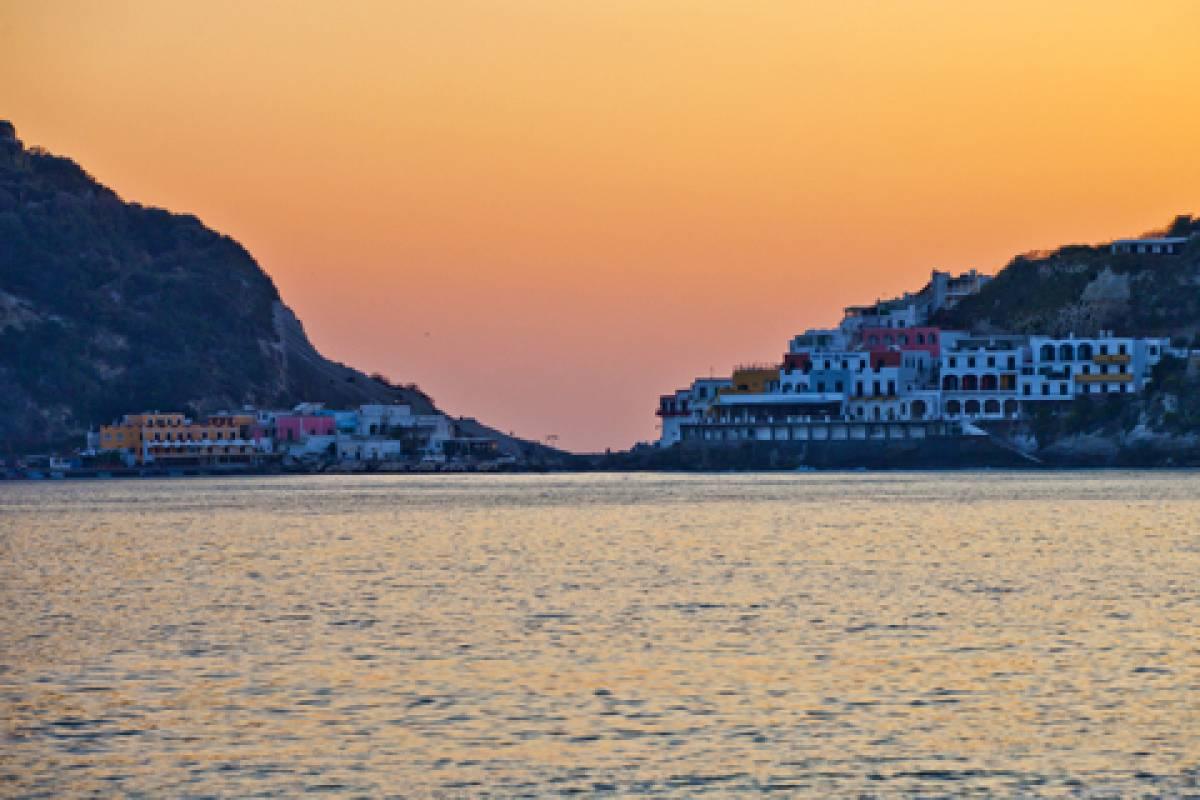 """Offertissima Dicembre Ischia 7 notti """"Splendore sul mare"""""""