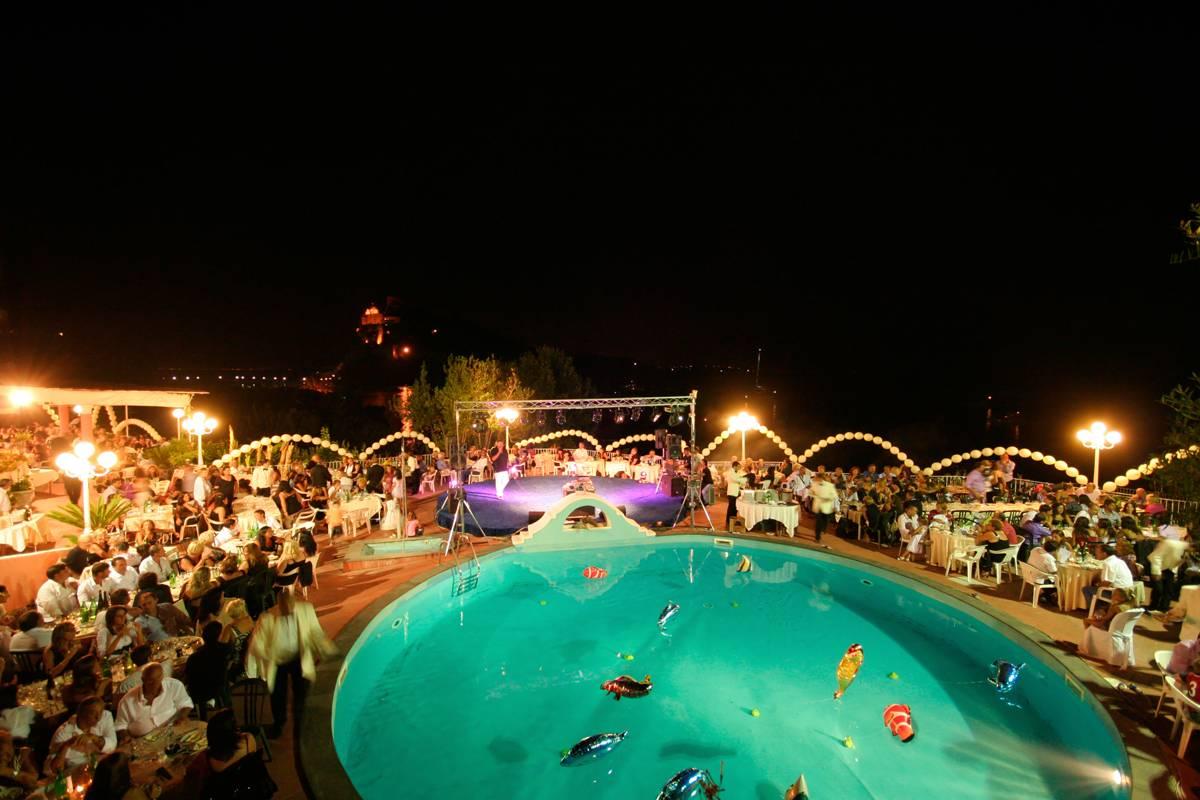 Serata Folcloristica allo Strand Hotel Delfini Terme di Ischia
