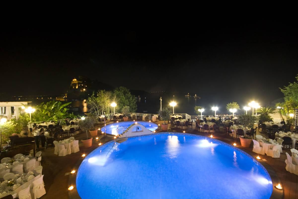 """""""Occhi di Isis"""" allo Strand Hotel Delfini Terme di Ischia"""